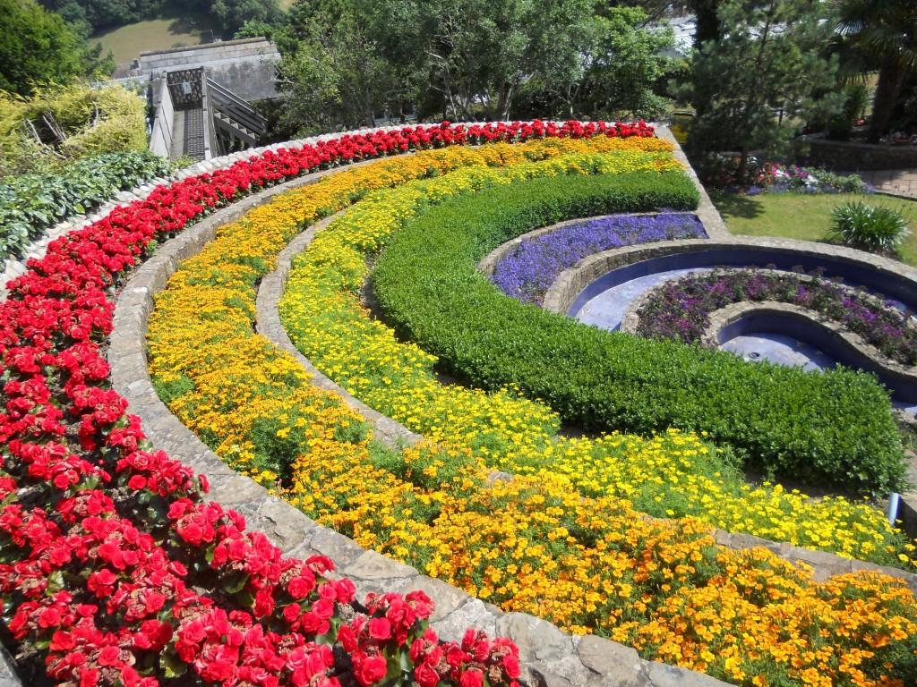 Gardens pecorama for Garden images